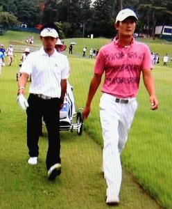 日本ゴルフツアー選手権トップ二人